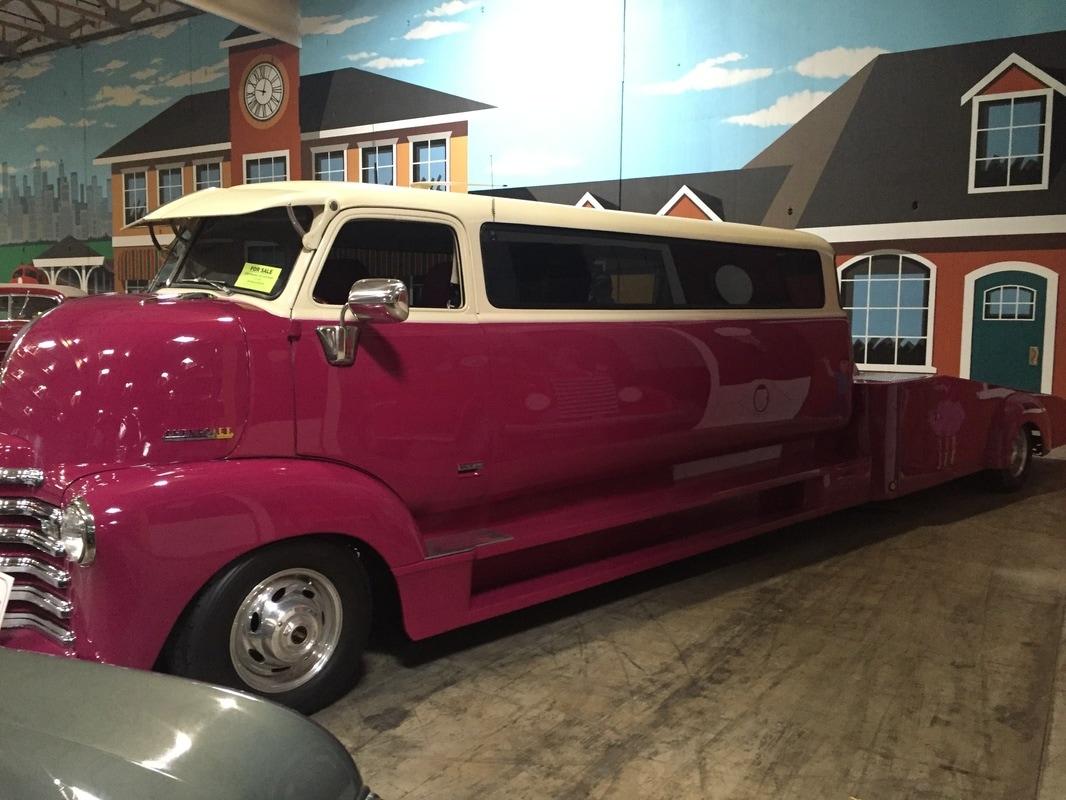 1948 Chevrolet COE Limo/Hauler - Papa's Toys Car Collection