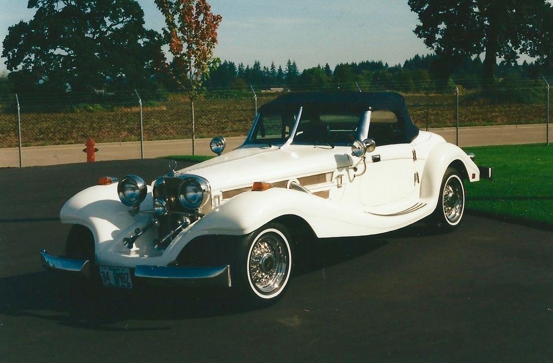 1934 Mercedes Benz Replica Convertible - Papa\'s Toys Car Collection